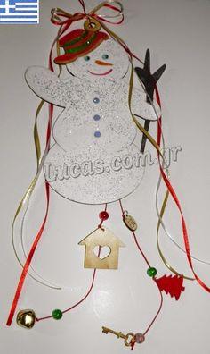 Ξύλινος χιονάνθρωπος - γούρι 2015 Christmas Ornaments, Holiday Decor, Blog, Home Decor, Christmas Ornament, Interior Design, Home Interior Design, Christmas Topiary, Home Decoration