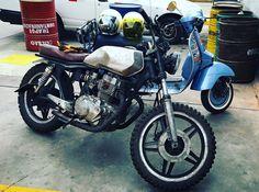 Mis nenas Honda y Vespa Select Honda Cb 400, Vespa, Motorcycle, Lima Peru, Wasp, Hornet, Vespas, Motorcycles, Motorbikes