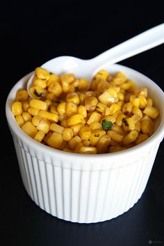Masala Corn (use Earth Balance)- A quick and healthy anytime snack. All you need is sweet corn kernels and a few basic ingredients. You can make this in 5 mins and you need not keep sitting hungry for long. Indian Snacks, Indian Food Recipes, Vegetarian Recipes, Snack Recipes, Cooking Recipes, Easy To Make Snacks, Easy Meals, Masala Corn, Good Food