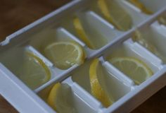 OLIO ‏ hours ago Have leftover lemons? Instead of wasting them, make lemon ice cubes to keep any drink cold & fresh! Get Healthy, Healthy Life, Healthy Living, Healthy Recipes, Health Tips, Health And Wellness, Health Fitness, Lemon Ice Cubes, Bebidas Detox