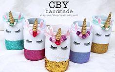 Unicorn centerpieces - Glass Jar // unicorn party supplies by CraftedByYudi on Etsy