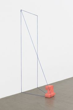 "Rachel Harrison - ""Framing device (pink)"", 2014"