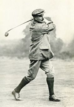 Golf Fashion Vintage GOLF: Harry Vardon won seven majors, six British Opens and one US Open, between 1896 and The PGA of America scoring trophy is named in Vardon's honor. Famous Golfers, Golf Pictures, Golf Images, British Open, Vintage Golf, Golf Putting, Putting Tips, Golf Channel, Golf Lessons