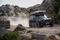 Typically the Ultimate Mini Barrel maker Camper, Sure you're able to tow line a rv jointly with your Micro! alter right secure pop up camp out at any place your Smaller Barrel maker takes you? New Mini Countryman, Mini Clubman, Van Camping, Camping Life, Mini Camper, Mini Cooper S, Cooper Cars, Top Tents, Mens Gear