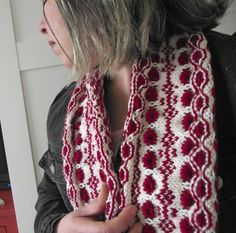 KNITTING COWL PATTERN - Berry Cowl - two colors knit scarf pattern woman fashion cowl sweet colors cowl pdf pattern Instant Download