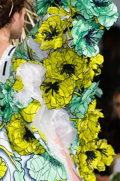 64 details photos of Viktor & Rolf at Couture Spring 2015.