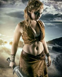 Fantasy Female Warrior, Female Armor, Fantasy Women, Fantasy Girl, Viking Warrior Woman, Warrior Girl, Spartacus Women, Barbarian Woman, Beautiful Blonde Girl