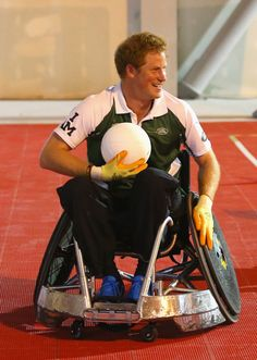 Prince Harry Photos - Invictus Games - Day Two - Wheelchair Rugby - Zimbio