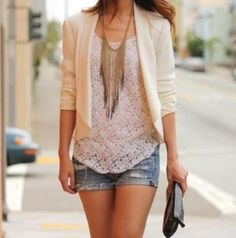 Love this cropped blazer paired with lace shirt and necklace!