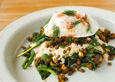 Salad with lentils and poached eggs