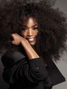 Angela Bassett talks Black Panther, age & self belief Beautiful Black Women, Beautiful People, Beautiful Oops, Paola Kudacki, Lab, Images Instagram, Angela Bassett, Facon, Female Models