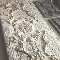 I love how Josie took a simple old board and created a gorgeous focal point for her wall with IOD decor moulds :) Plaster Crafts, Plaster Art, Wood Crafts, Diy And Crafts, Diy Projects To Try, Craft Projects, Deco Podge, Iron Orchid Designs, Prima Marketing