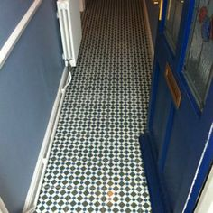 Browse our laying patterns in the Topps Tiles Stlye & Inspiration hub. Tiled Hallway, Hallway Flooring, Victorian Hallway, Interior Inspiration, Style Inspiration, Topps Tiles, Hall Design, Downstairs Bathroom, Tile Floor