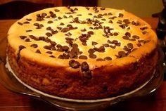 TORTA AL CIOCCOLATO CON CREMA AL MASCARPONE Ingredienti 150 g di farina 300 g di cioccolato fondente 120 g di zucchero 250 g di burro 1 bustina di vanillin