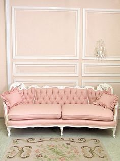 -- I freakin love the look of this !! im thinking yes for sitting area!! (Randall's Bedroom)--Antique couch