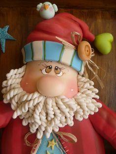 Would make for an awesome Santa Cake! Polymer Clay Ornaments, Polymer Clay Figures, Polymer Clay Dolls, Polymer Clay Projects, Polymer Clay Creations, Polymer Clay Christmas, Santa Face, Cute Clay, Clay Figurine