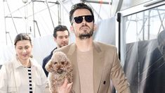 Orlando Bloom Posts Emotional Message About His Missing Dog #Instagram, #OrlandoBloom celebrityinsider.org #Hollywood #celebrityinsider #celebrities #celebrity #celebritynews #rumors #gossip Orlando Bloom Instagram, Celebrity Couples, Celebrity News, Emotional Messages, Afraid Of Love, I Miss Him, Little Man, Katy Perry, Gossip
