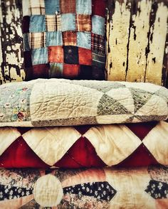 Antique Quilts, Vintage Quilts, Western Photography, Country Quilts, Blanket, Antiques, Bed, Home, Antiquities