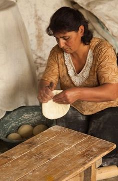 Tastes of Memory: How to Bake an Authentic Lavash from Armenia. Preserving Armenian culture, memory and identity in the kitchen