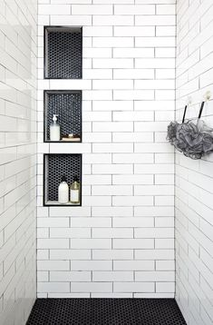 A beautiful floor tile can turn your regular bathroom into a fantastic item of interior design. Get influenced with restroom ceramic tile designs and also now trends. Sight our picture gallery to get ideas for bathroom floorings, wall surfaces, bathtubs, and shower stalls. #bathroomtileideas #bathroomtiledesign #bathroomtilepaint