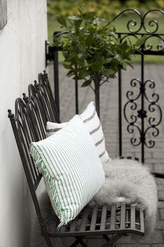 GARDENIA bench with AFFAIR STRIPE and BOTILDA cushions. Lene Bjerre, spring 2014.