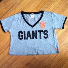 VS PINK Giants Crop Top baseball tee style, barely worn - great condition. Size M but will also fit a small. feel free to make an offer! PINK Victoria's Secret Tops Crop Tops