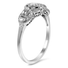 The Yavesly Ring