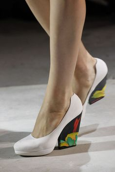 Dries Van Noten Spring/Summer 2011 RTW, PFW.