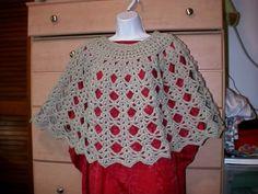 Diamonds & Lace Poncho #freepattern #crochet