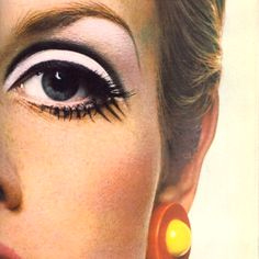 Twiggy and the most expressive, dramatic and awe-inspiring eye makeup ever. Twiggy and the most expressive, dramatic and awe-inspiring eye makeup ever. Mod Makeup, Retro Makeup, Vintage Makeup, Makeup Inspo, Vintage Beauty, Beauty Makeup, Hair Makeup, Twiggy Makeup, Sixties Makeup