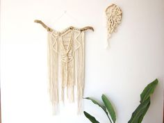 Etsy の Macrame wall haning Sonora by beeinthesoup