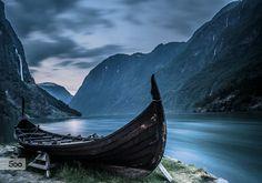 Viking by Kenneth Kao / Norway. Vikings Art, Viking Aesthetic, Viking Longship, Viking Village, Nature Photography, Travel Photography, Viking Culture, Medieval, Viking Ship