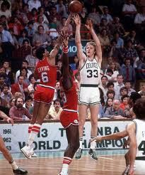 Celtics forward Larry Bird shoots over the outstretched hand of Julius Erving and Darryl Dawkins during a 1980 playoff game between the Celtics and Philadelphia and Boston fans will see another. Larry Bird, Sports Basketball, Basketball Players, Celtics Basketball, Basketball History, Basketball Skills, College Basketball, Nba Stars, Sports Stars