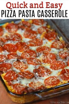 This easy pizza casserole recipe is a family pleaser! An Easy casserole recipe. … This easy pizza casserole recipe is a family pleaser! An Easy casserole recipe. Plus this pizza pasta casserole is an easy freezer meal. Try it today! Fun Easy Recipes, Yummy Recipes, Crockpot Recipes, Cooking Recipes, Healthy Recipes, Pizza Recipes, Recipes Dinner, Pepperoni Recipes, Easy Hamburger Meat Recipes