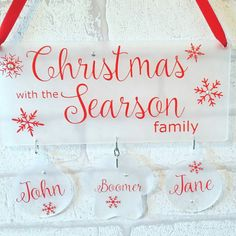 Christmas decorations, Family Christmas gift, Family plaque, Christmas, Decorations, Handmade decorations, Personalised Gifts, Plaques These plaques make the perfect addition to any home whether your buying for yourself or a family member. Wide choice of colours available so can be designed to match any colour scheme This is made from acrylic. Baubles measure 75mm Plaque measures :- 100 mm x 146 mm for 2 names 100mm x 233mm for 3 names 100mm x 303mm for 4 names 100 mm x 382 mm for 5/7 n...