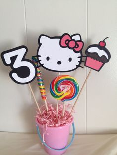 Hello kitty centerpiece by Pinksurprise on Etsy, $7.00