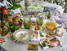 Please visit postingan Decoracion Mesas Zara Home To read the full article by click the link above. Nouvelle Collection Zara, Home Decoracion, Zara Home España, Beautiful Table Settings, Table Flowers, Kelly Wearstler, Outdoor Dining, Home Decor Accessories, Tablescapes