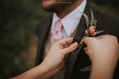 """#moments #instalove #wedding #weddingday #weddingdress #bride #brideandgroom #groom #weddingphotography #travel #travelphotography #love #lovely #beautiful #elegant #elopement #elopementwedding #elopementphotographer #colorado #estespark #adventure #details"" by @laningphotography. #eventplanner #weddingdesign #невеста #brides #свадьба #junebugweddings #greenweddingshoes #destinationweddingphotographer #dugunfotografcisi #stylemepretty #weddinginspo #weddingdecor #weddingstyle…"