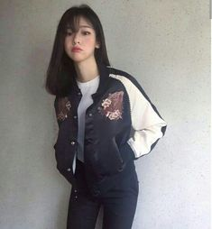 Korean Fashion Trends you can Steal – Designer Fashion Tips Ulzzang Girl Fashion, Korean Girl Fashion, Korean Fashion Casual, Korean Fashion Trends, Korea Fashion, Korean Outfits, Asian Fashion, Ulzzang Hair, Mode Ulzzang