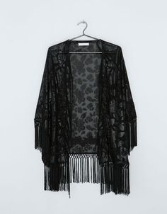 Bershka Czech Republic - Bershka sequin detail embroidered kimono with fringe