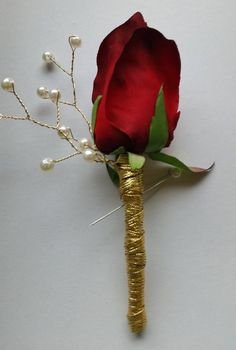 Red Rose and Gold Boutonnieres Set of 4 by SterlingCottage Tan Wedding, Rose Wedding, Wedding Flowers, Dream Wedding, Wedding 2017, Groomsmen Boutonniere, Groom And Groomsmen, Red Corsages, Beauty And Beast Wedding