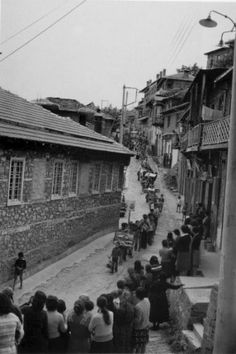Metsovo Marriage, Costas Balafas (1920 - 2011) Costa, Old Time Photos, Greece Photography, Greek History, Great Photographers, Black N White, Vintage Photos, The Past, Street View