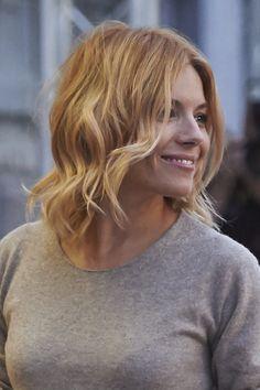 Le balayage blond de Sienna Miller