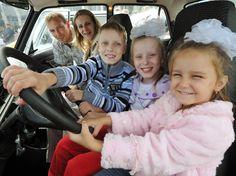 Многодетным семьям обещают льготу по транспортному налогу