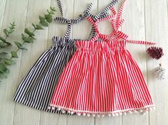 This is a minute baby dress pattern, that can be made from a rectangular piece of fabric. This is an easy pattern suitable for any beginner seamstress. Baby Girl Dresses Diy, Little Girl Dresses, Girl Outfits, Girls Dresses, Dress Girl, Sewing Baby Clothes, Baby Clothes Patterns, Dress Sewing Patterns, Baby Bloomers Pattern