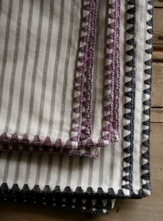 Crochet trim pattern