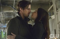 """Beauty and the Beast -- """"Playing with Fire"""" -- Pictured (L-R): Jay Ryan as Vincent and Kristin Kreuk as Catherine -- Image Number: BB118a_0216.jpg — Photo: Ben Mark Holzberg/The CW -- © 2013 The CW Network, LLC. All rights reserved."""