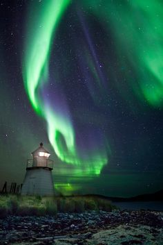 The Light and The Lighthouse | Arctic Light Photo Ole C. Salomonsen Photography