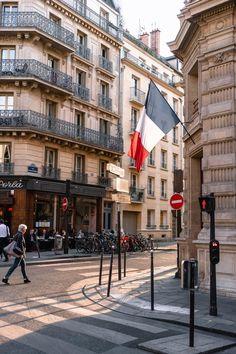 Lightroom, Photoshop, Tour Eiffel, Monuments, Facts About France, Paris Street, Street View, Louvre Abu Dhabi, Bon Plan Voyage