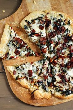 Bacon, spinach and sundried tomato pizza | Just a good recipe